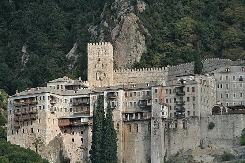 Grecia Muntele Athos, turismul şi preoţii români