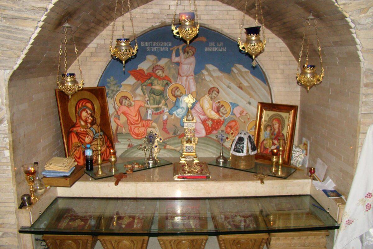 Sfinţii fără nume de la Adamclisi şi cripta secretă