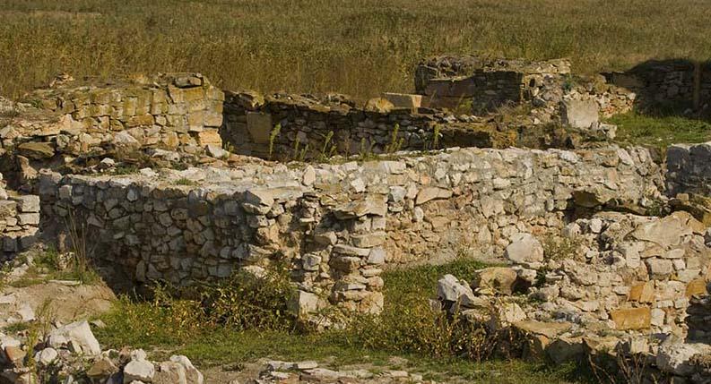 Salsovia şi Halmyris sau Mahmudia şi Murighiol