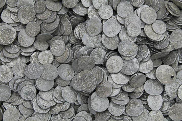 Monedele Dobrogei medievale – tezaurele otomane