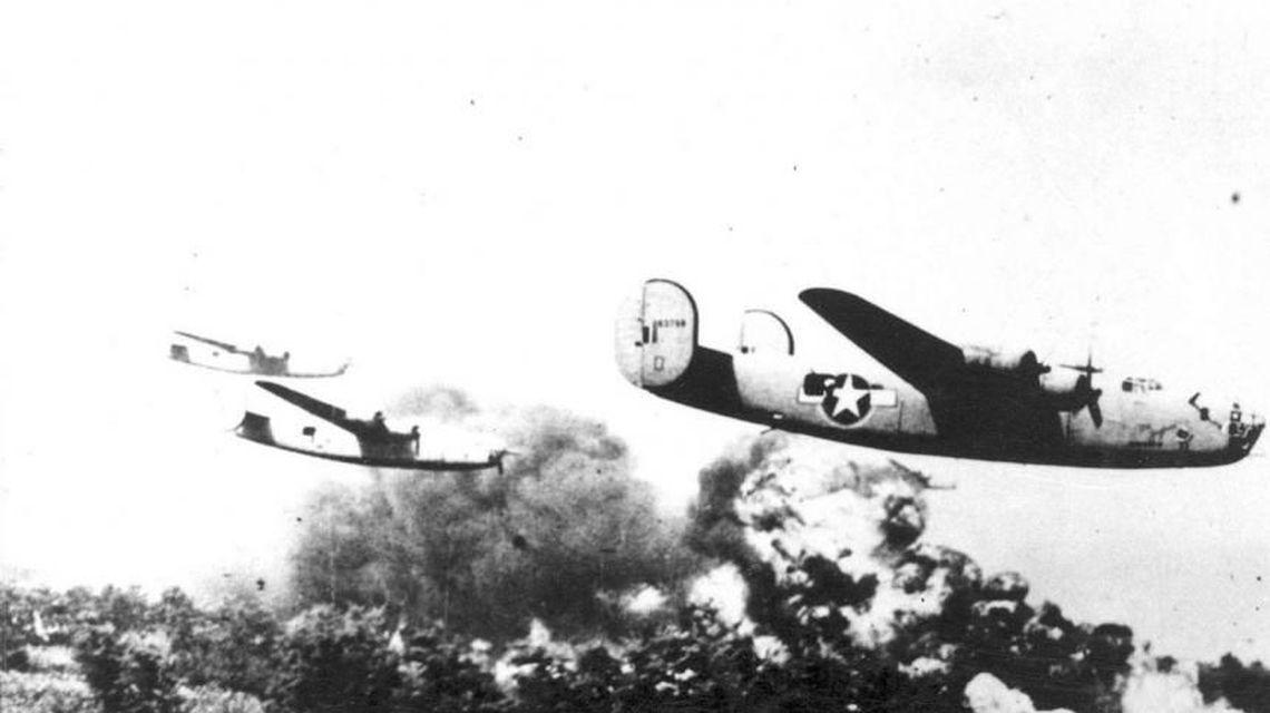 15 aprilie în Istorie: Al doilea mare bombardament anglo-american asupra Bucureștiului