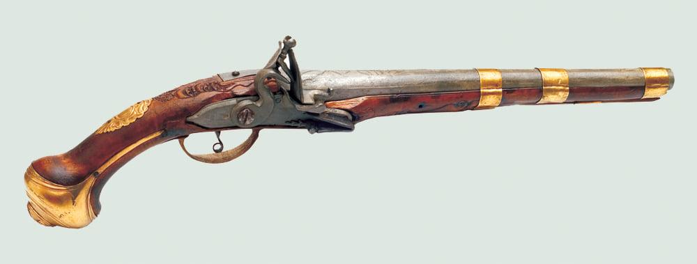 Bijuteriile UCIGAȘE! Pistol cu cremene din secolul XVIII